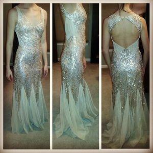 Dresses & Skirts - Sequence event dress